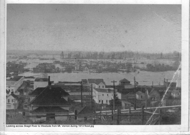1913 Flood Looking West