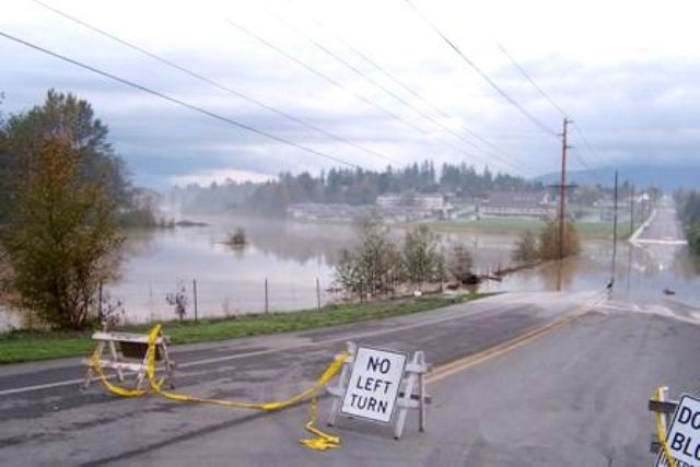 Hoag Road flood Picture in 2003